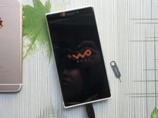 """Microsoft Lumia RM-1052 """"McLaren"""""""