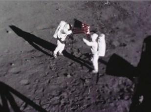 Neil Armstrongs Mond-Mitbringsel