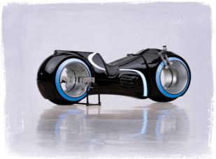 Tron: Funktionierender Lightcycle-Nachbau