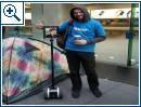 Roboter in iPhone-Warteschlange