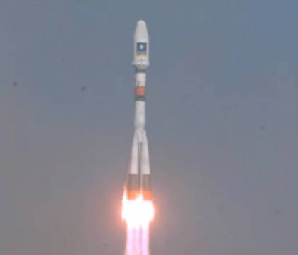 Sojus trägt Galileo-Satelliten