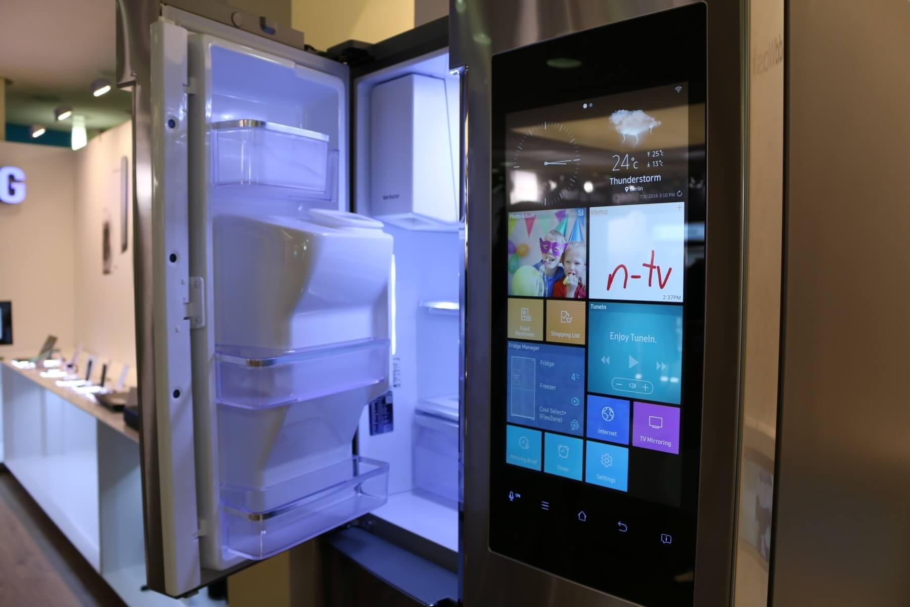 Amerikanischer Kühlschrank Eintürig : Kühlschrank mit eiswürfelspender preisvergleich günstig bei