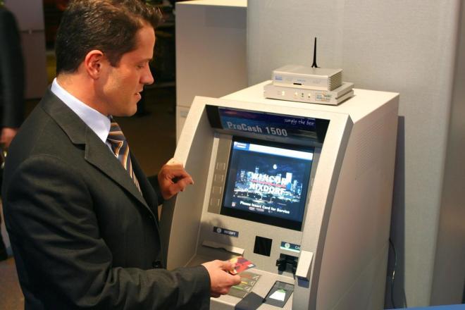 Wincor-Nixdorf Geldautomat
