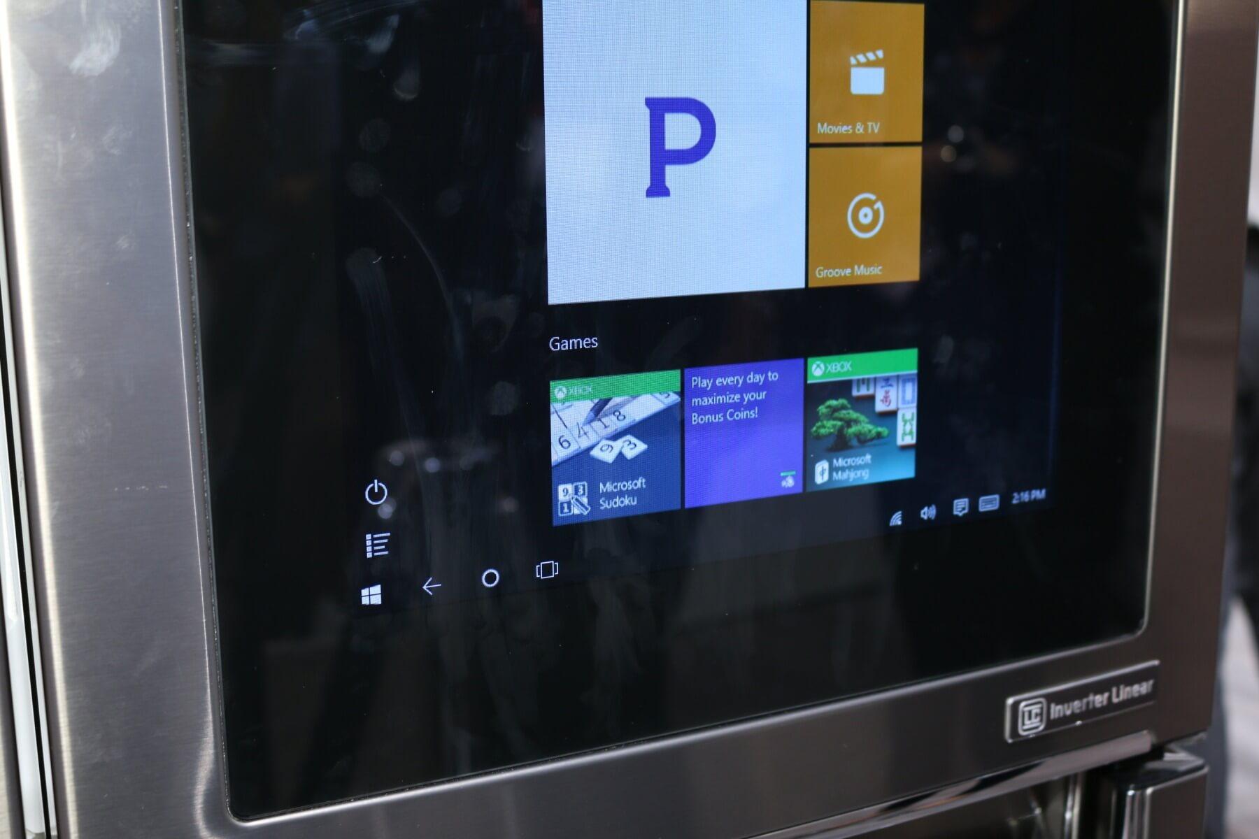 LG IFA-Highlights: Windows-10-Kühlschrank im Hands-on