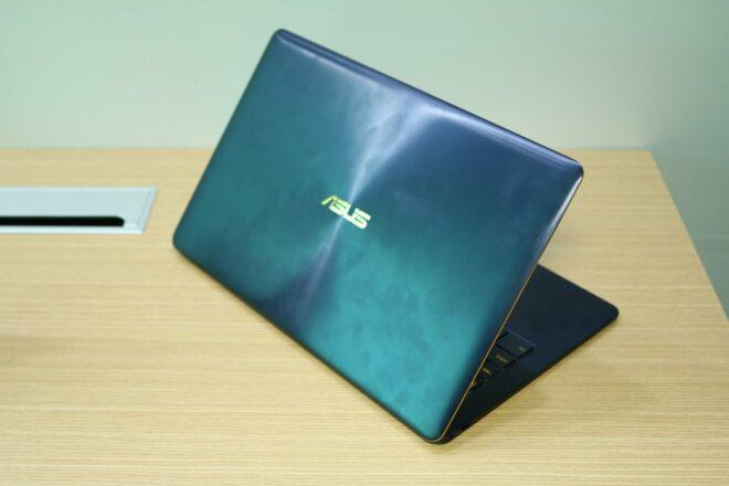 Asus Zenbook UX490