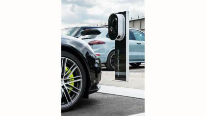 Porsche Schnellladesäule