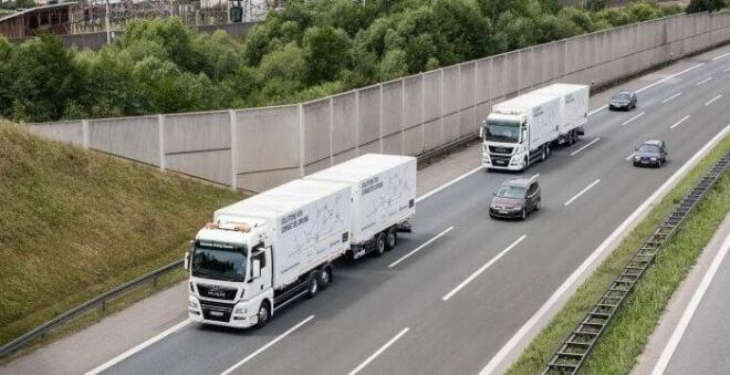 Schenker: Vernetzte LKW-Kolonnen auf der A9