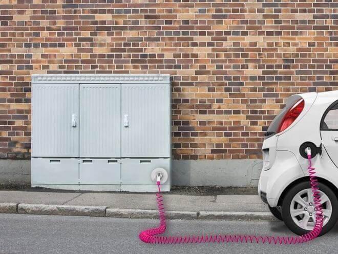 Telekom: Ladesäule im Verteilerkasten