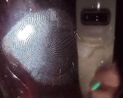 Samsung Galaxy S10 Ultraschall-Fingerabdrucklers Hack