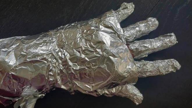 Alu-Handschuh