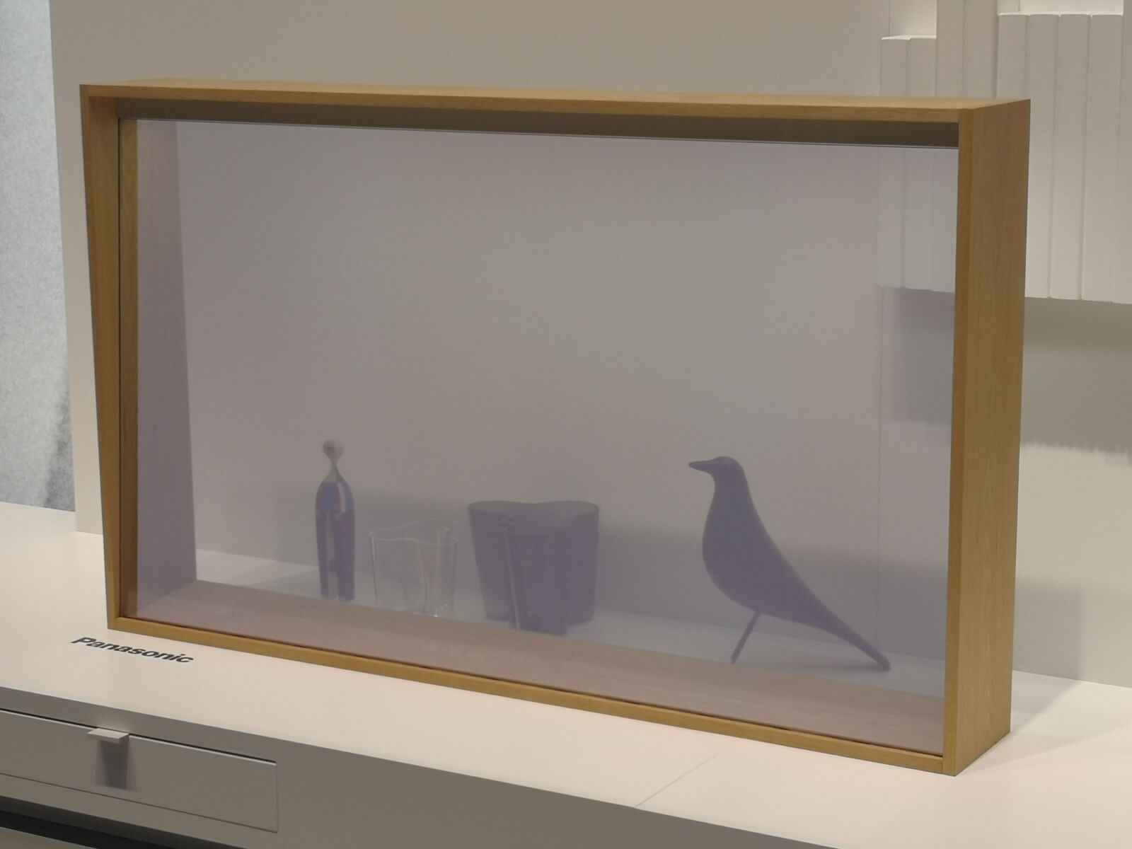 Panasonic: Transparenter OLED-TV