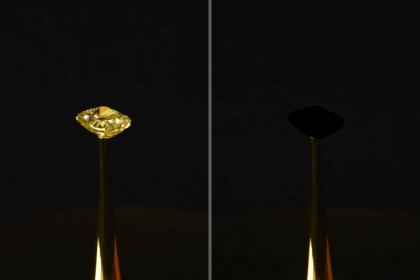 Diamant mit Extrem-Schwarz bemalt