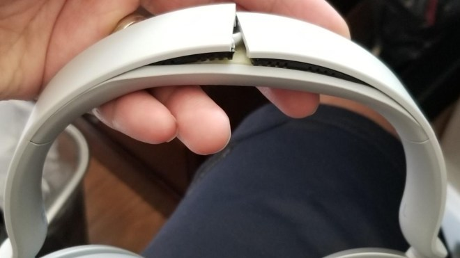 Microsoft Surface Headphones: Bruch des Kopfbügels