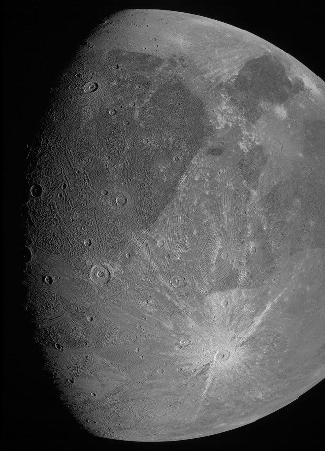 NASA-Sonde Juno: Bilder vom Jupitermond Ganymed