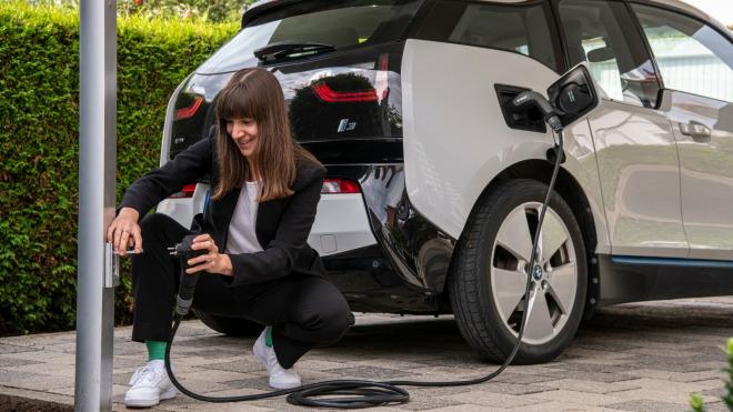 Neues Bosch-Kabel für E-Autos