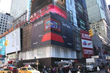 Microsoft Surface Werbung am Times Square