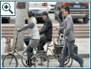 Chinese klaut iPhone mit Ess-Stäbchen