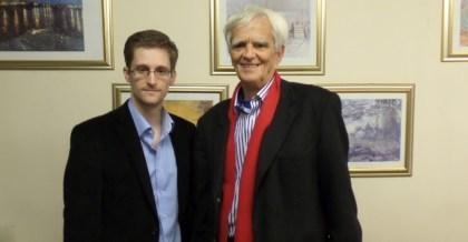 Hans-Christian Ströbele trifft Edward Snowden