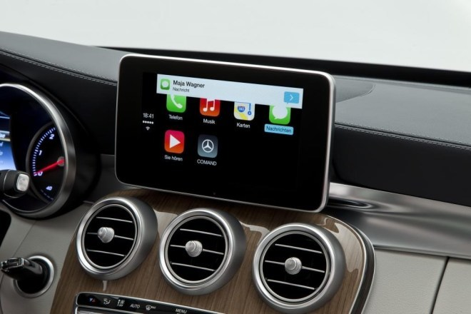 Apple: iOS in the Car
